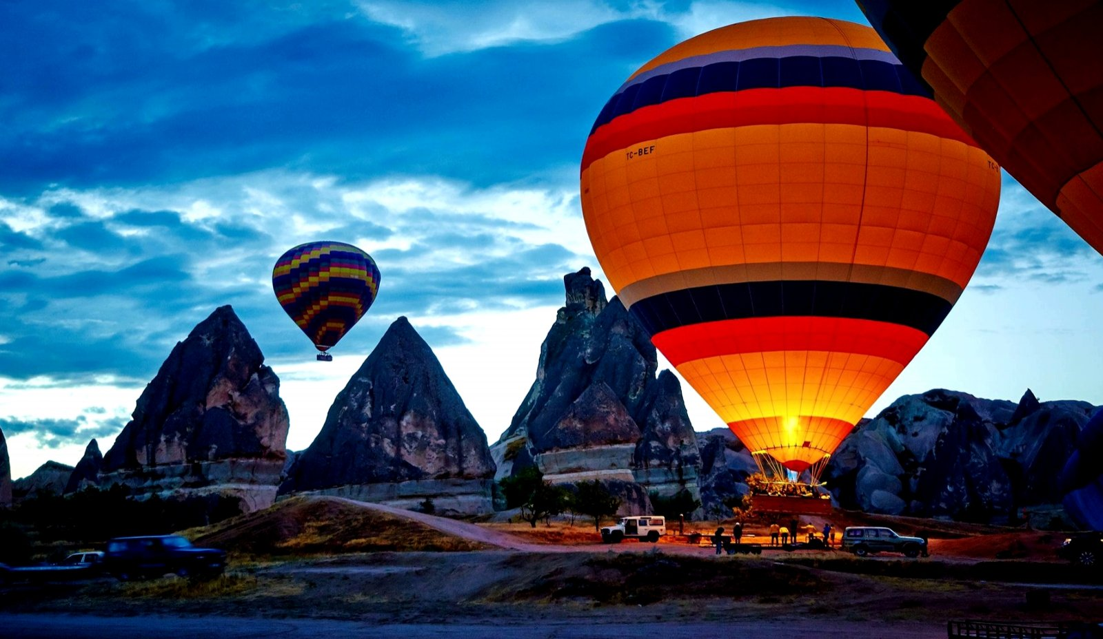 Top 10 places where to fly a hot air balloon
