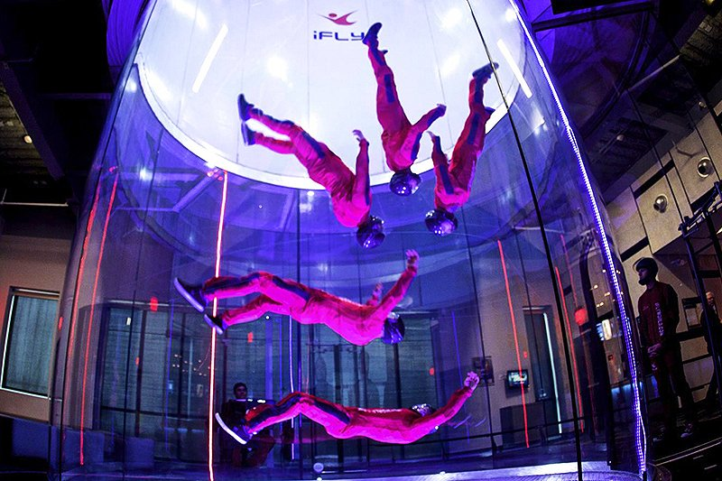 Flights in wind tunnel, Dubai