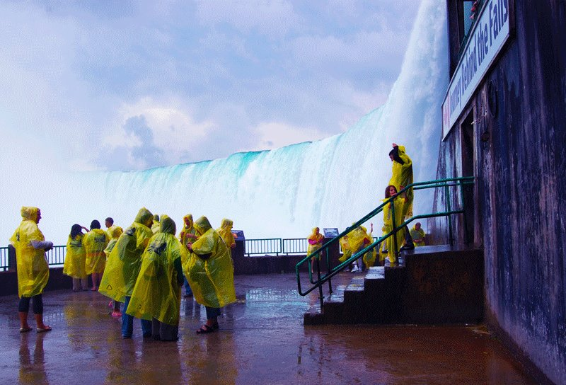 Niagara Falls, The observation deck at the foot of the Horseshoe Falls, Toronto
