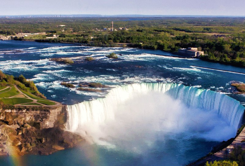 Niagara Falls, The Horseshoe Falls is 53 meters in height and 800 meters in width, Toronto