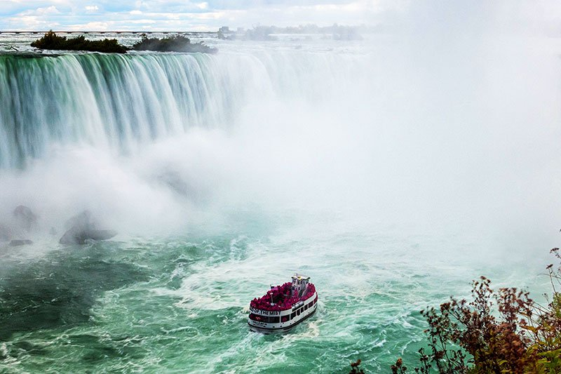 Maid of the Mist boat ride, Toronto