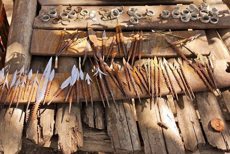 Iron spears and accesories, Arusha