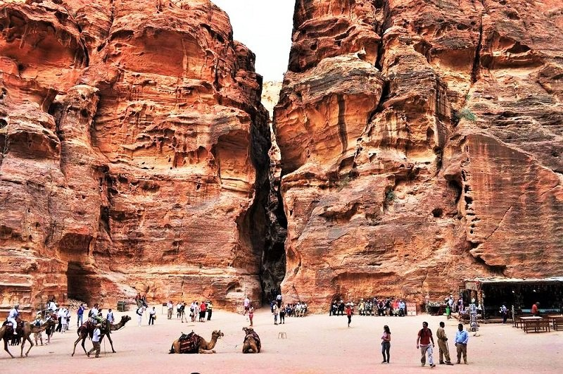 The Siq Gorge is 3 meters width and about 1200 meters length, Petra