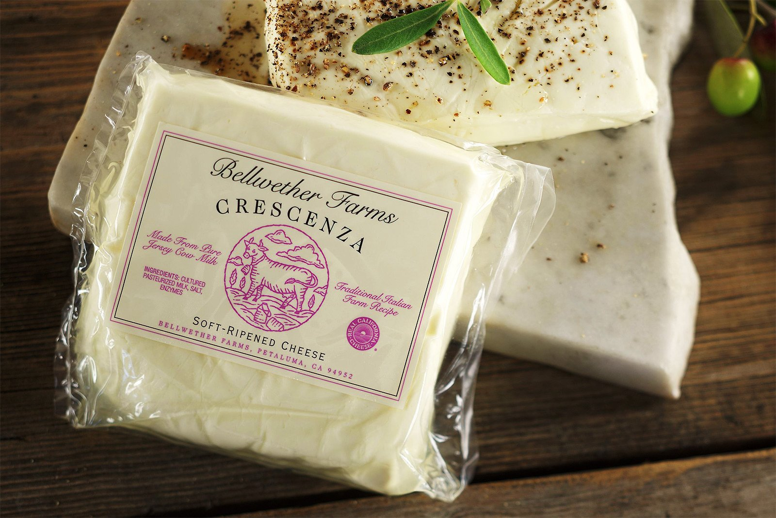 How to try stracchino cheese in Milan