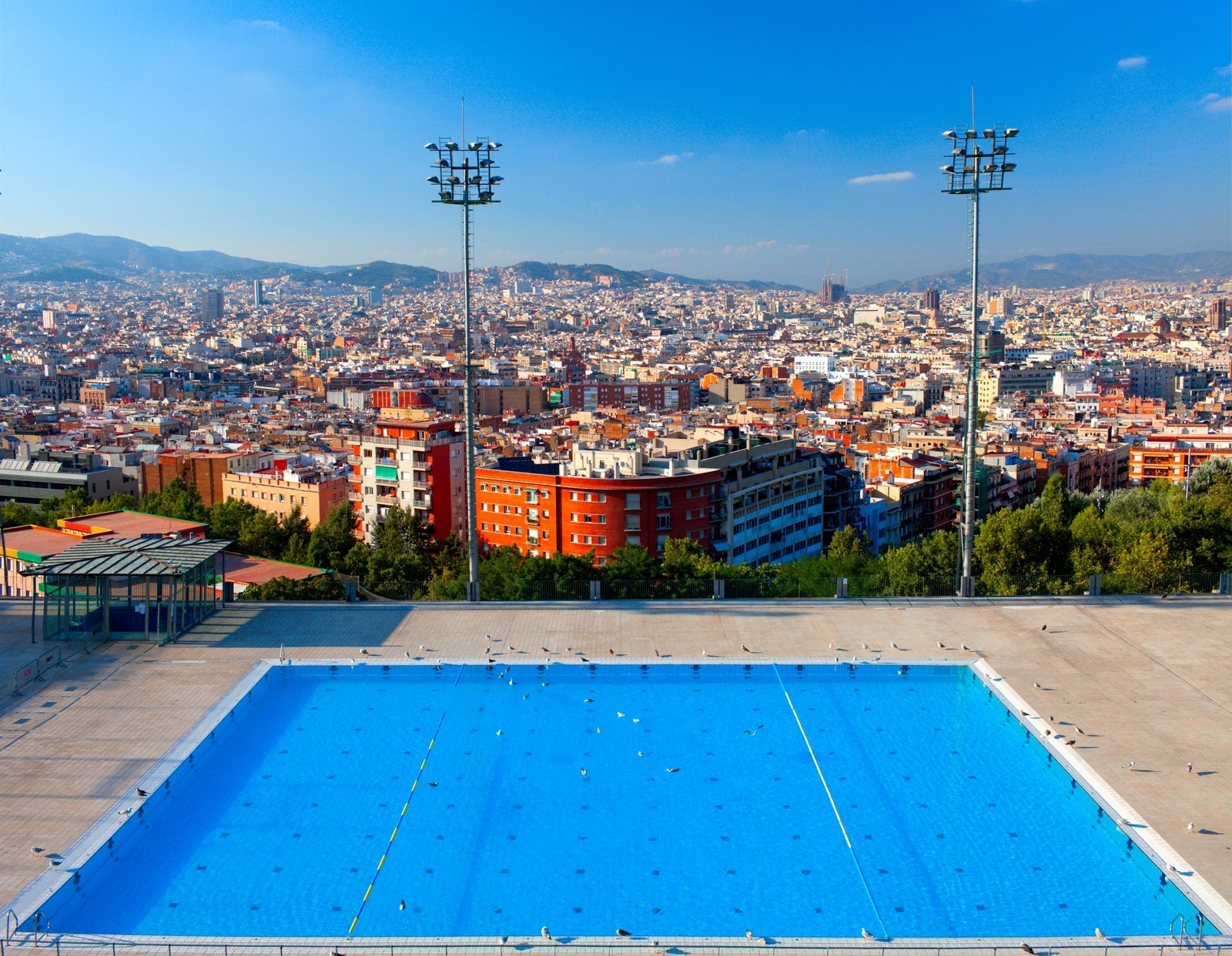 How to take a swim in the pool with views of the city in Barcelona