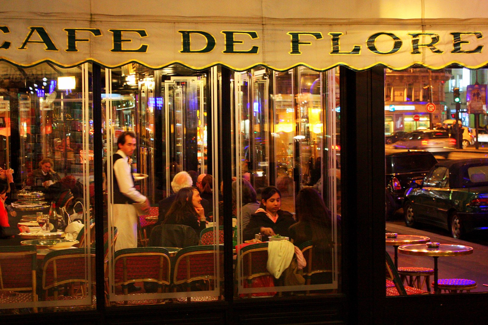 How to visit the legendary Cafe de Flore in Paris