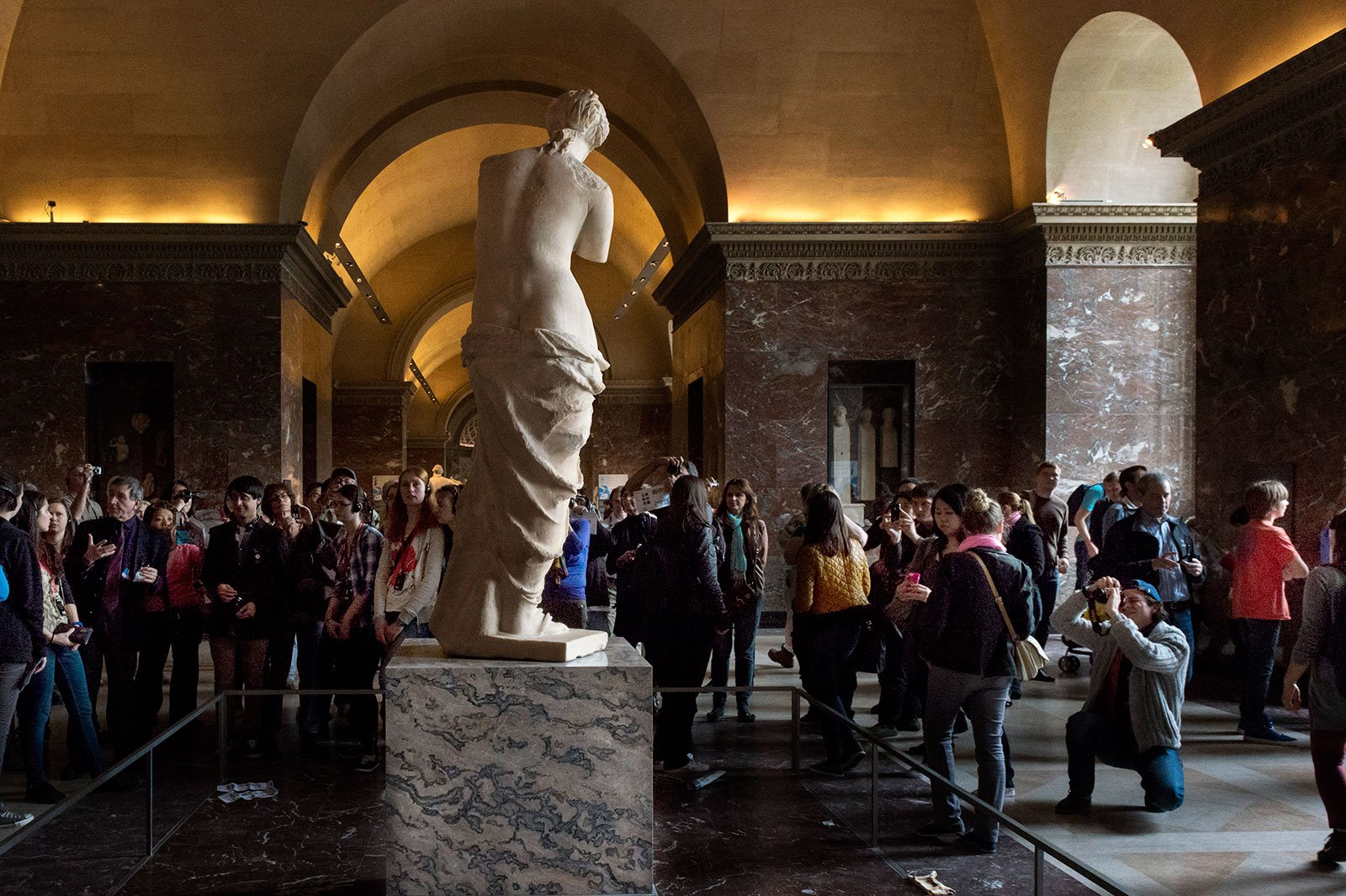 How to see Aphrodite of Milos in Paris