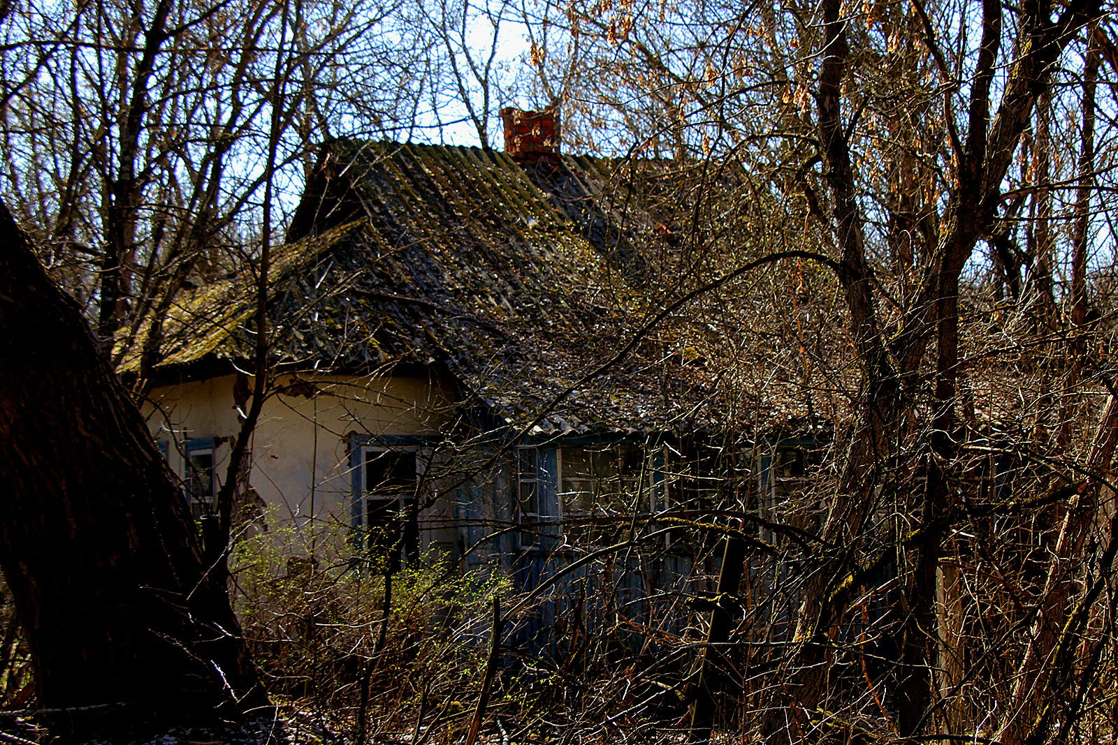 How to see ghost houses in the exclusion zone in Chernobyl