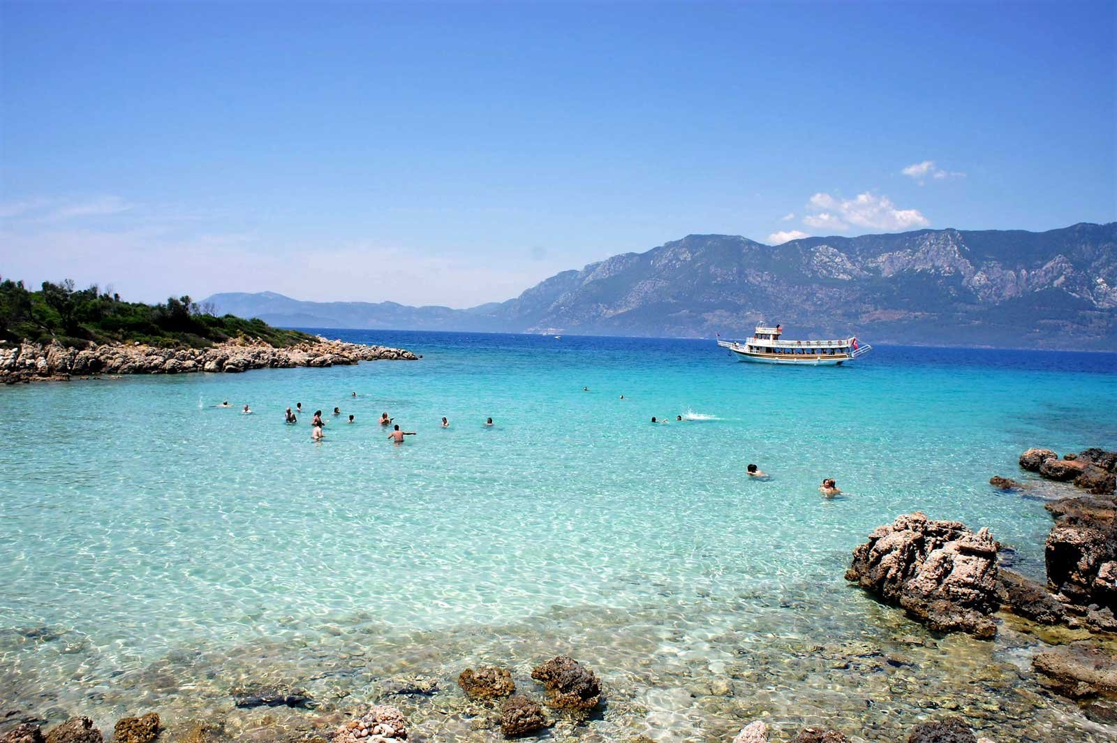 How to swim at the island of Cleopatra in Marmaris