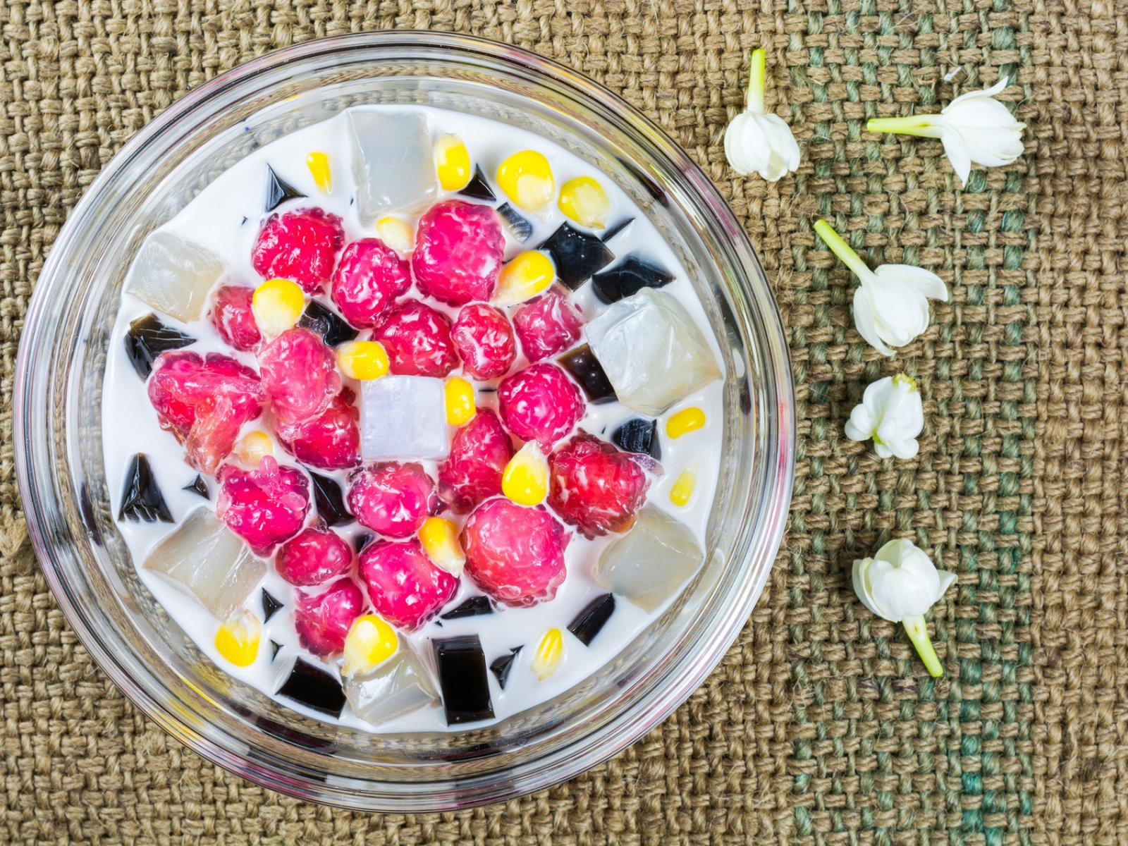 How to try the ruby dessert in Phuket
