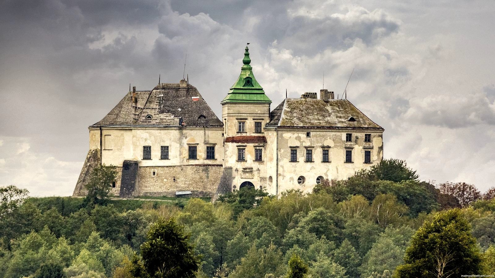 How to visit Olesko Castle in Lviv