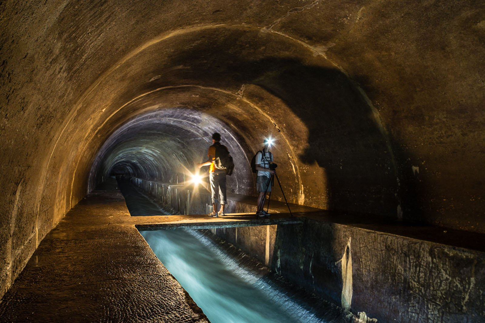 How to walk along the underground river in Lviv
