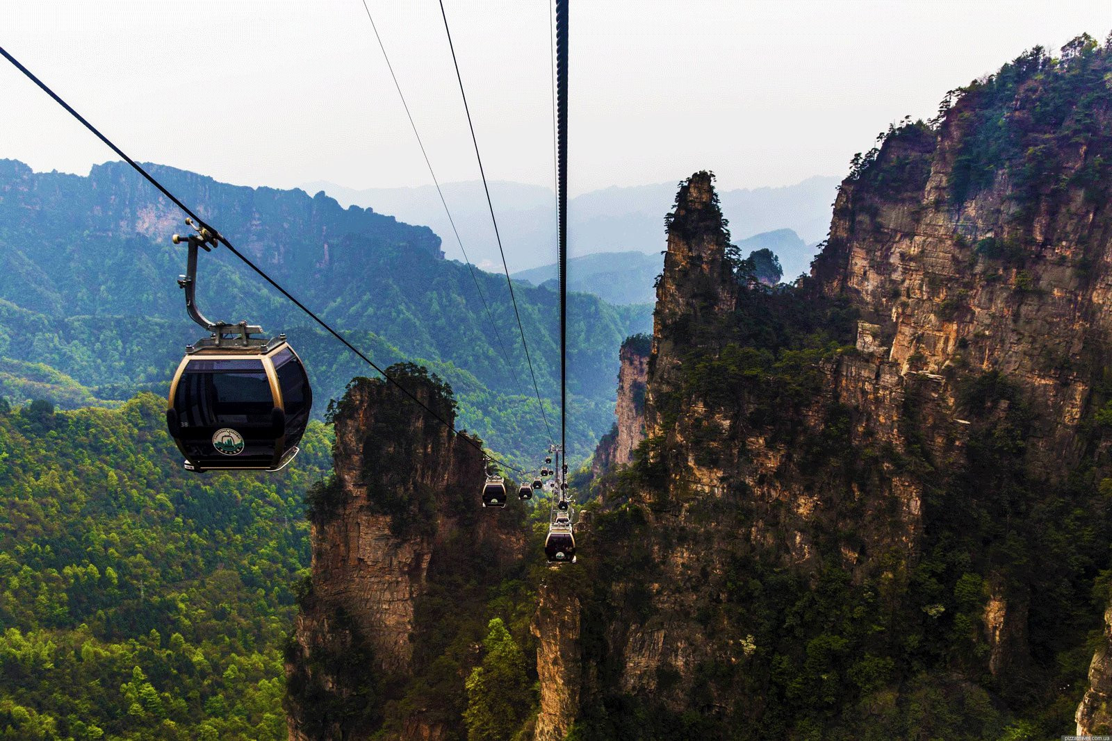 How to take a ride on the world's longest cable car in Zhangjiajie