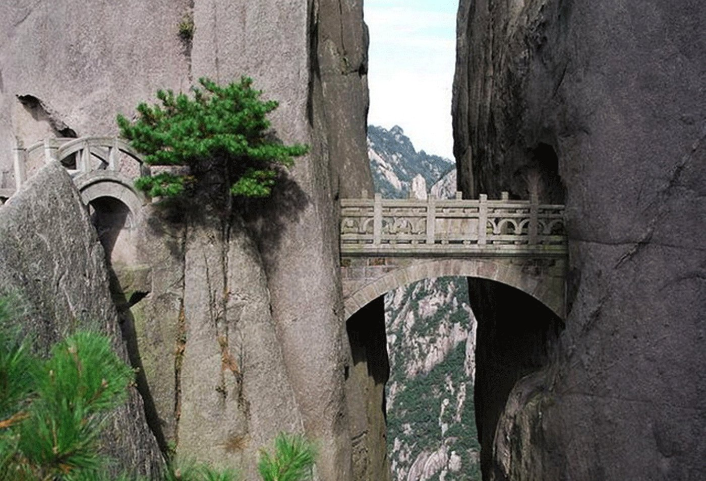 How to cross the bridge of immortal in Hangzhou