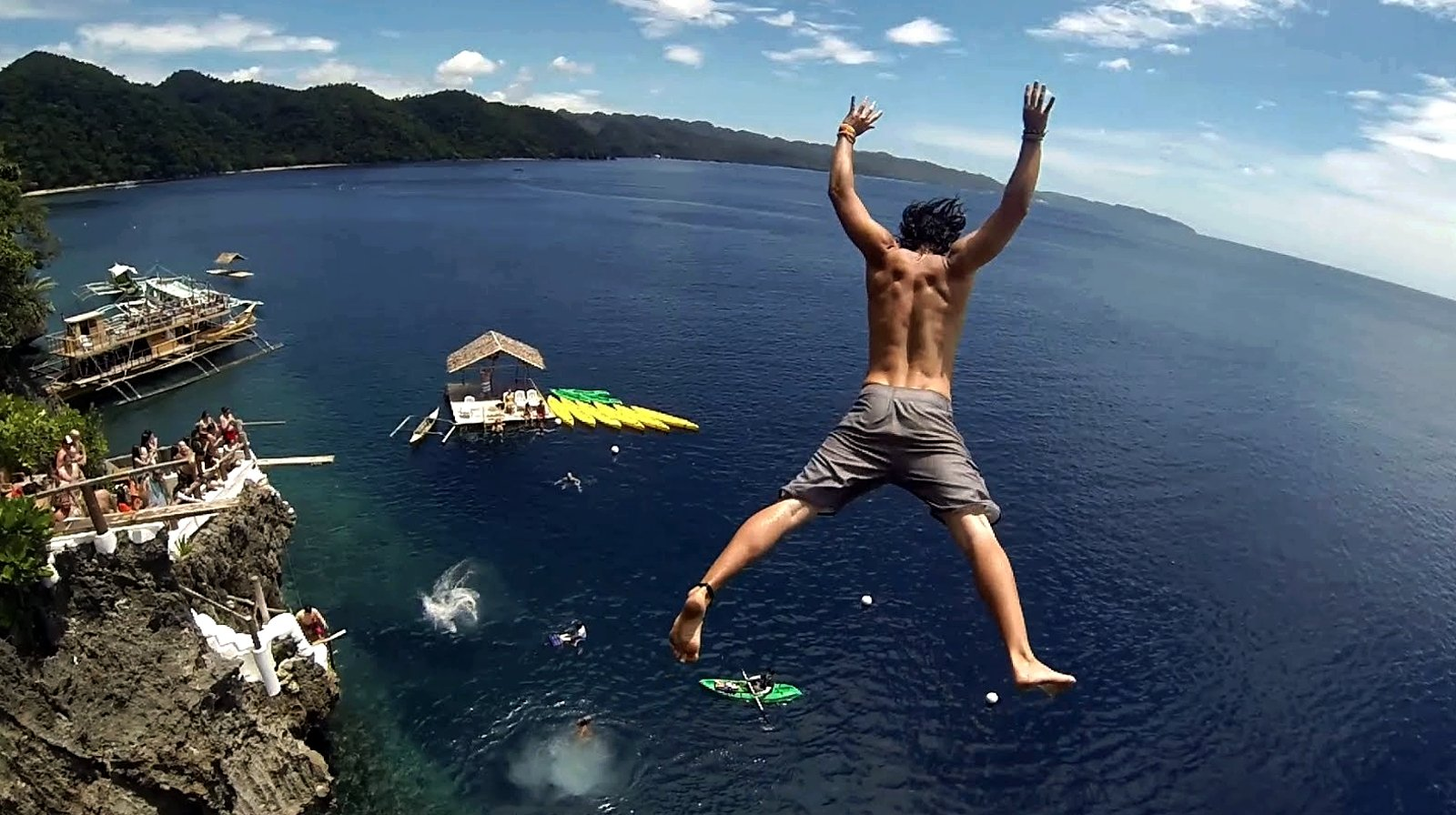 How to jump from a rock into the water on Panay