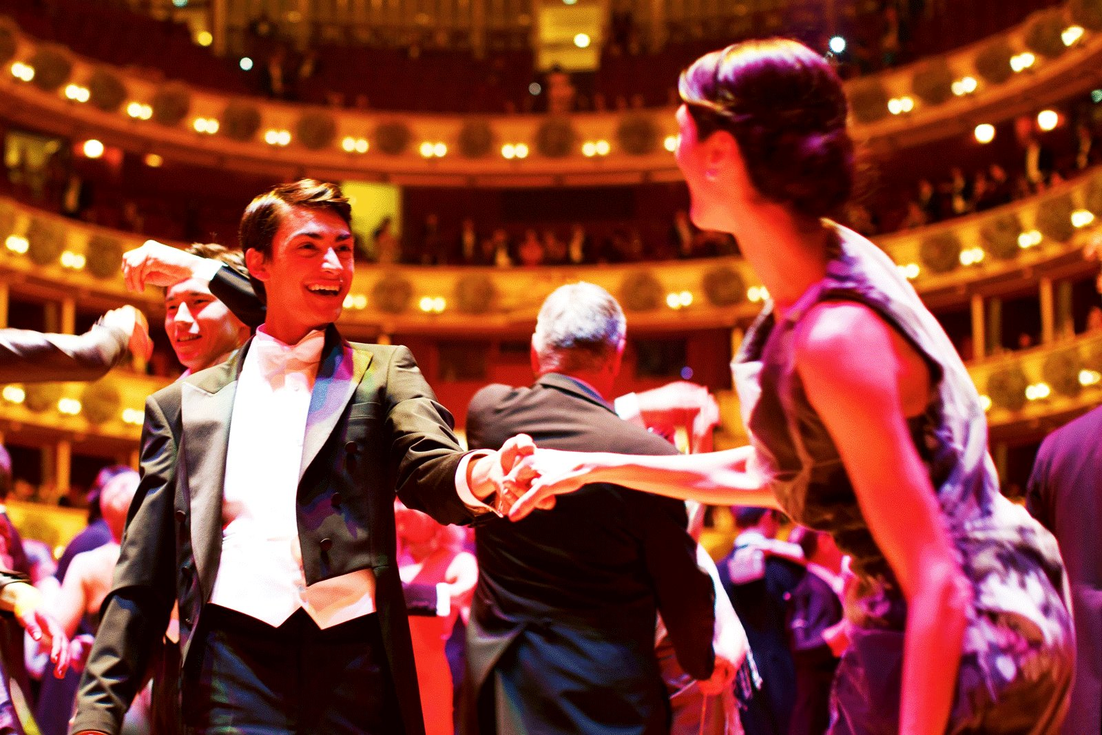 How to dance on the Vienna Opera Ball in Vienna