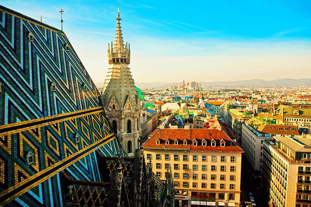 How to come up to the tower of St. Stephen's Cathedral in Vienna