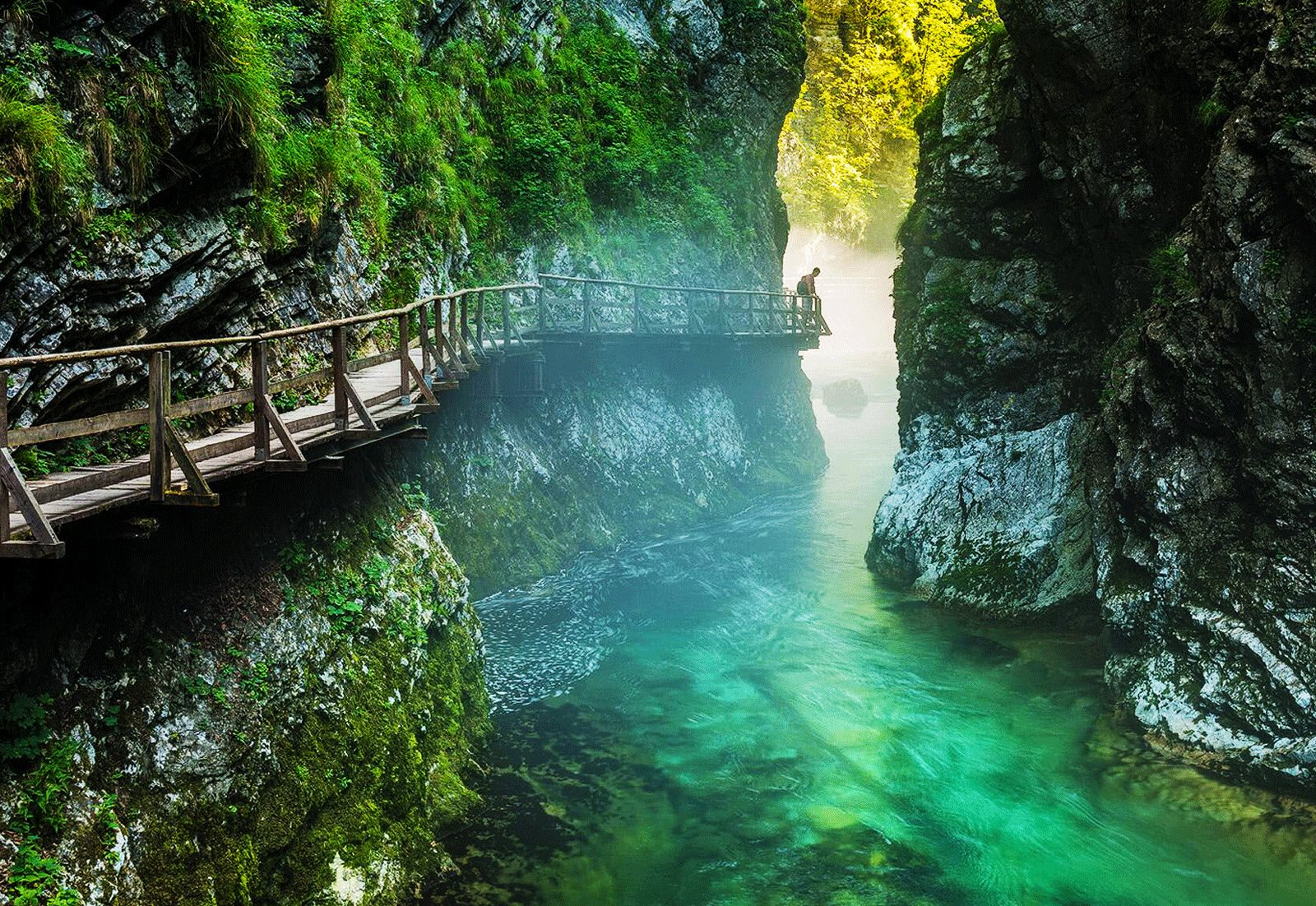 How to walk along the Vintgar gorge in Ljubljana
