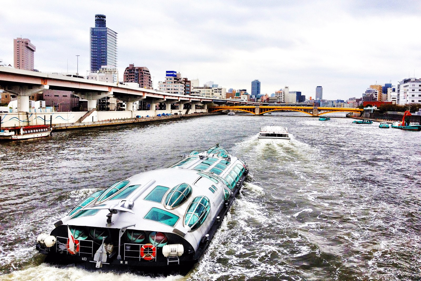 How to take a hotaluna water bus ride in Tokyo