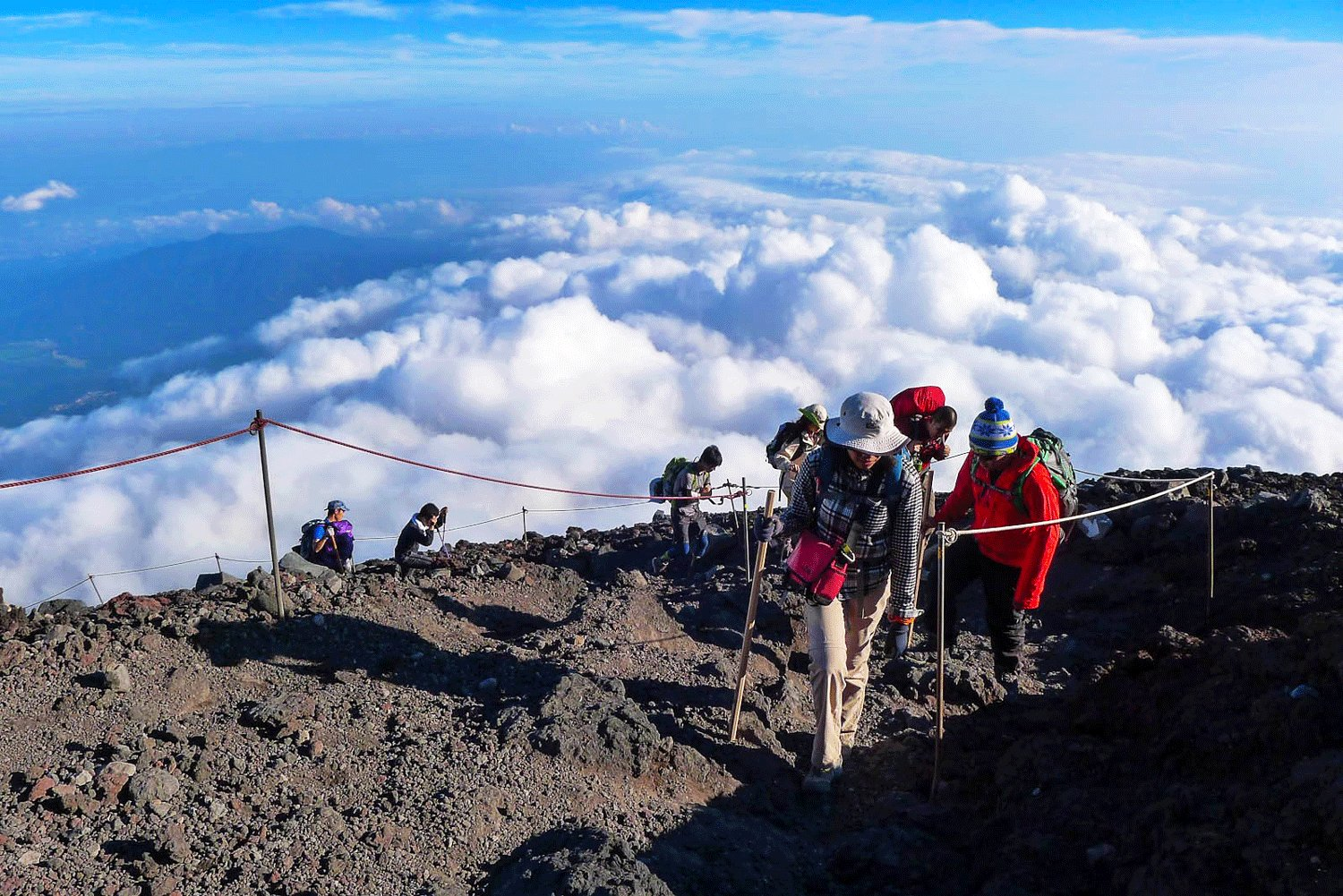 How to climb up Mount Fuji in Tokyo