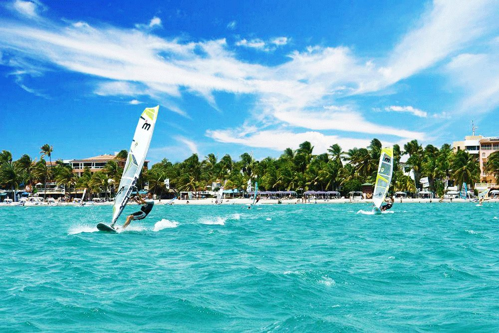 How to go windsurfing in Caracas