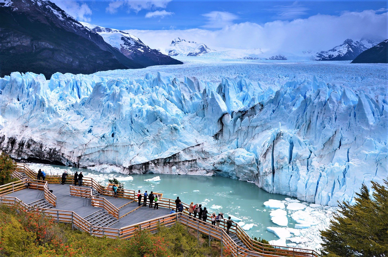 How To See The Glacier Fall In El Calafate