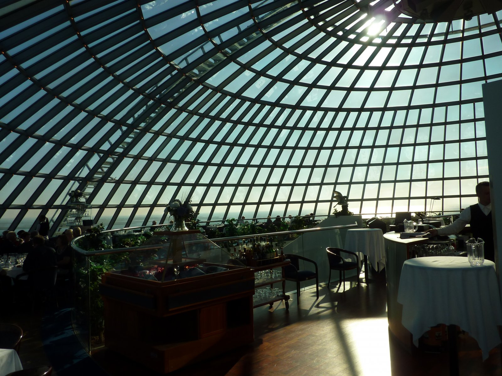 How to have dinner in a restaurant under the dome in Reykjavik
