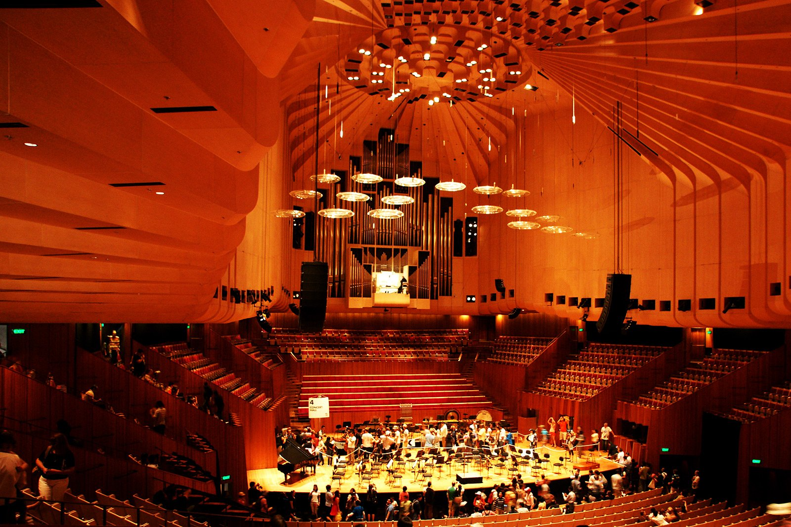 How to listen to opera in Sydney Opera House in Sydney