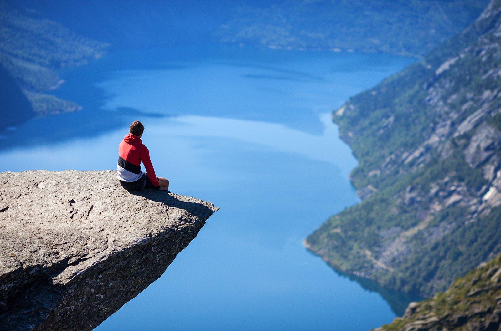 Sit on trolltunga odda for Define scandinavian