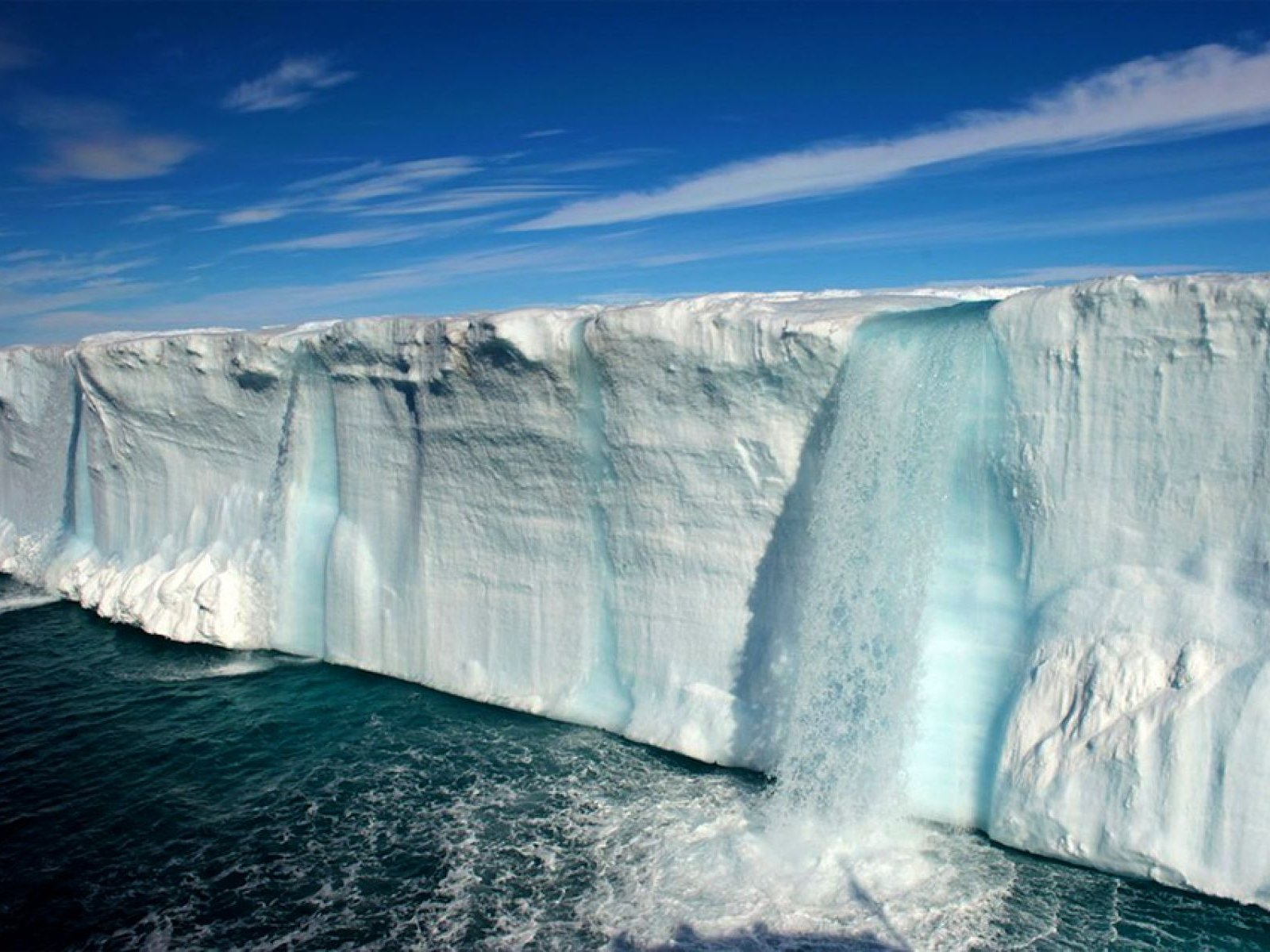 How to see glacial waterfalls in Svalbard