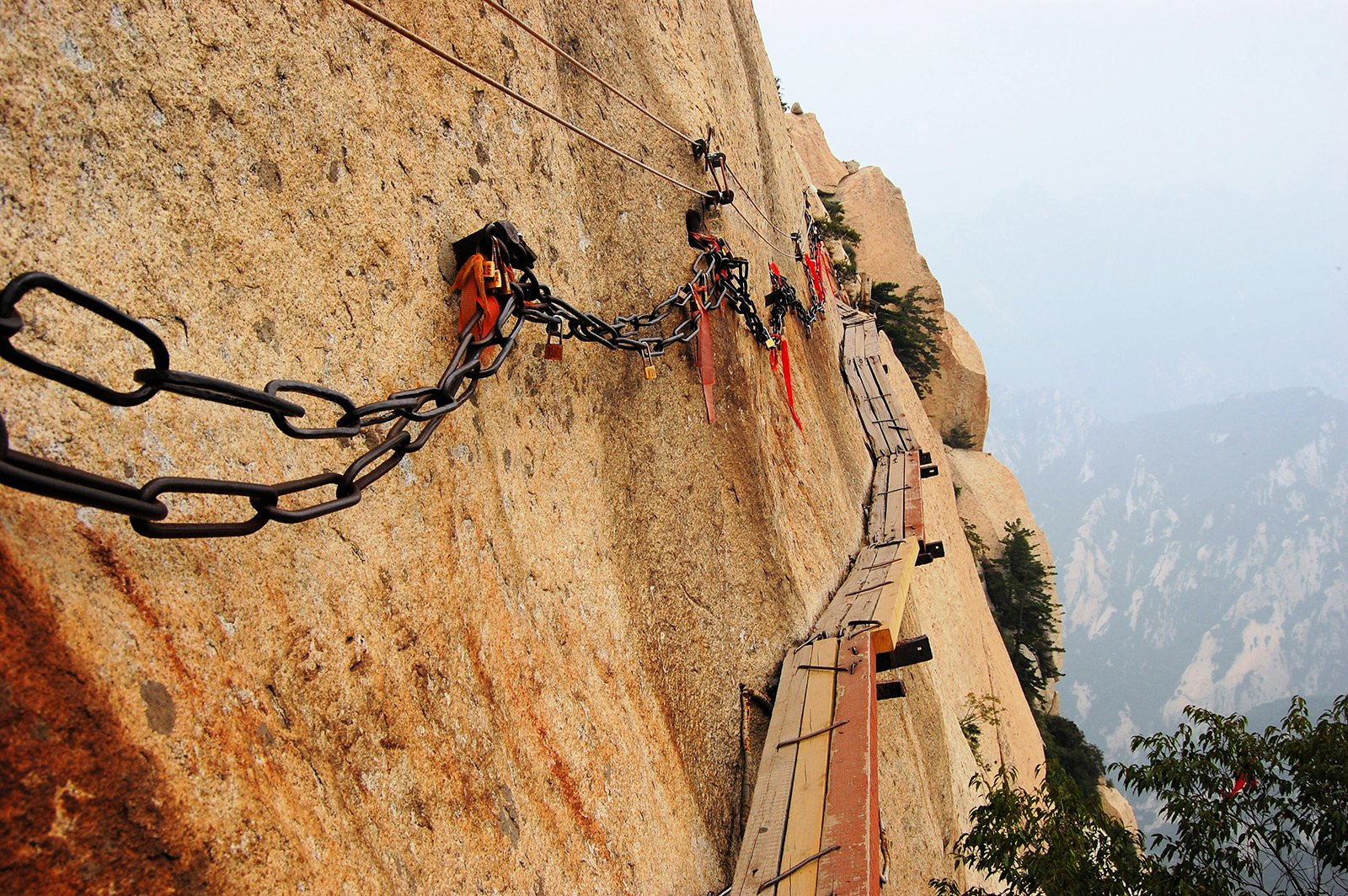 Weinan China  city photos : Walk the Trail of Death Mount Hua in Weinan : reviews, cost and ...