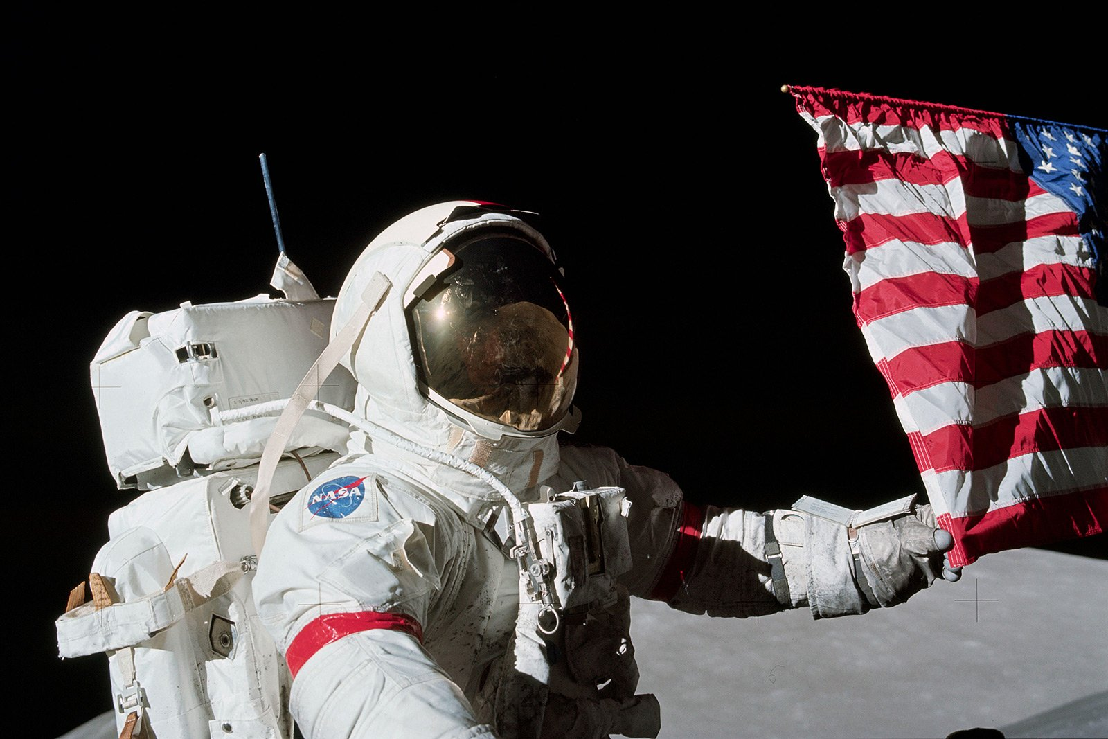 How to take a selfie with American flag as a background on the Moon