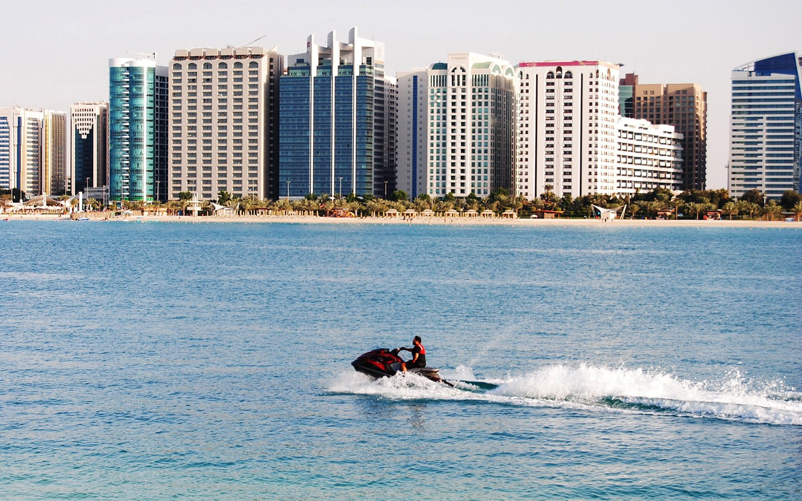How to jump over the waves on a jet ski in Abu Dhabi