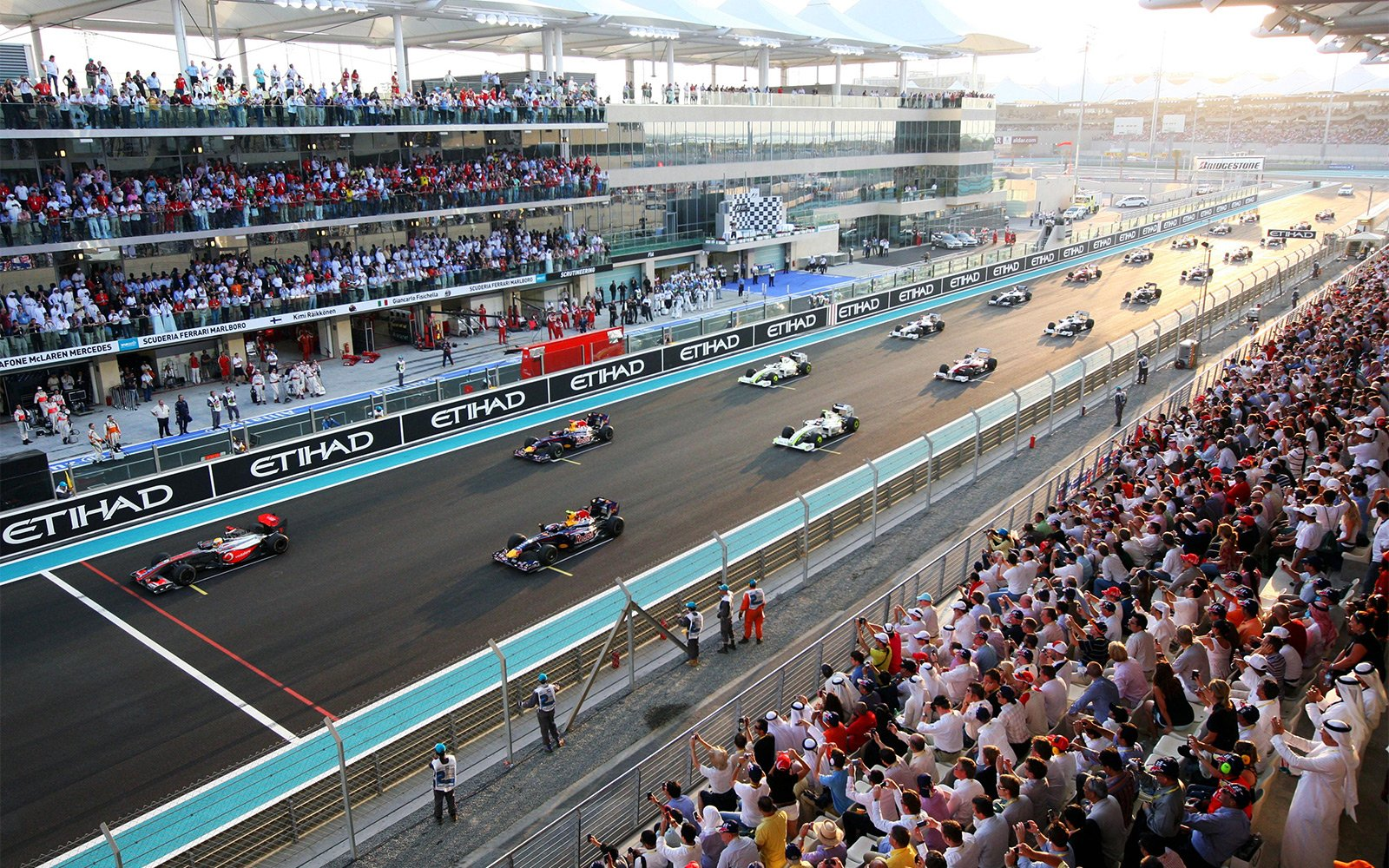 How to go to Formula One Grand Prix in Abu Dhabi