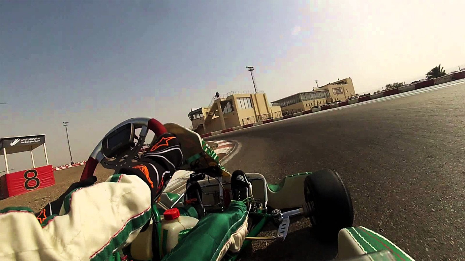 How to drive an F1 track in Al Ain
