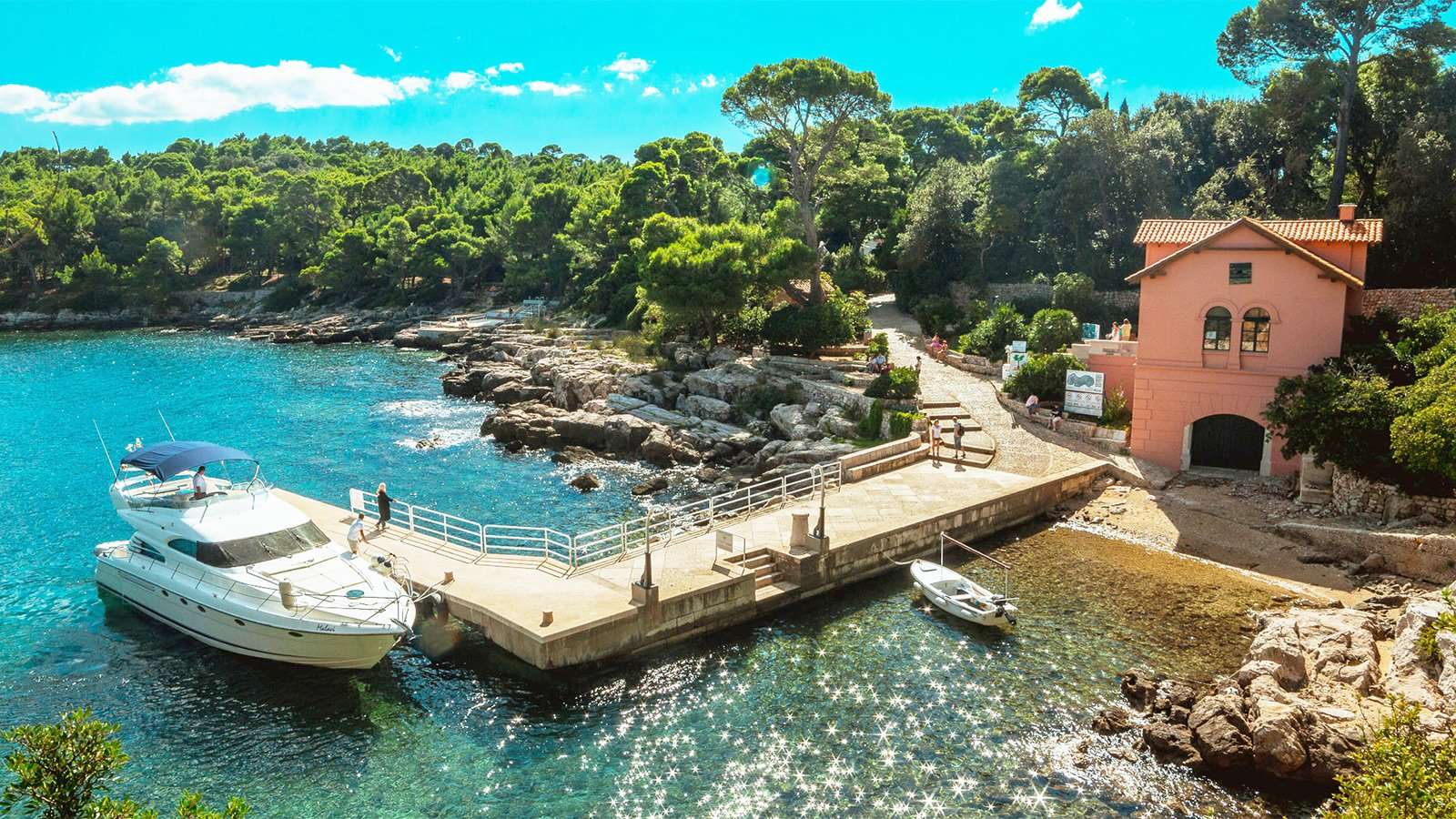 How to go for a picnic on Lokrum Island in Dubrovnik