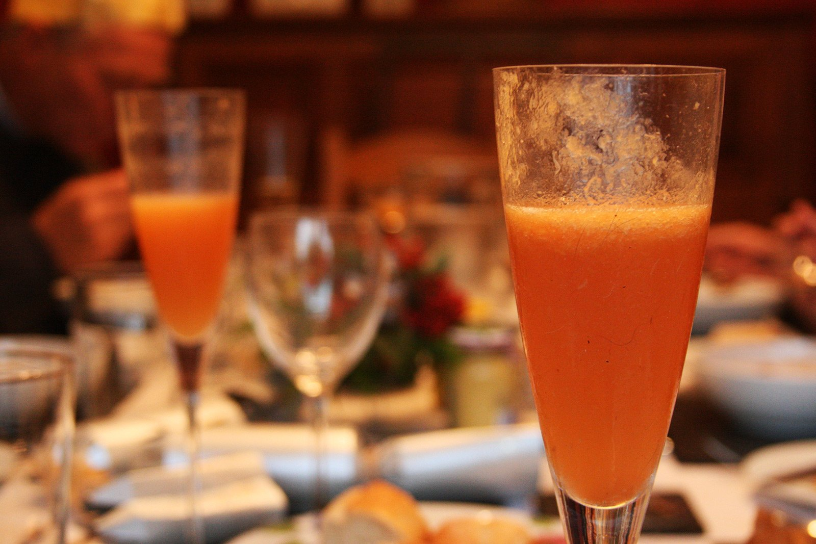 How to try Bellini cocktail in Venice