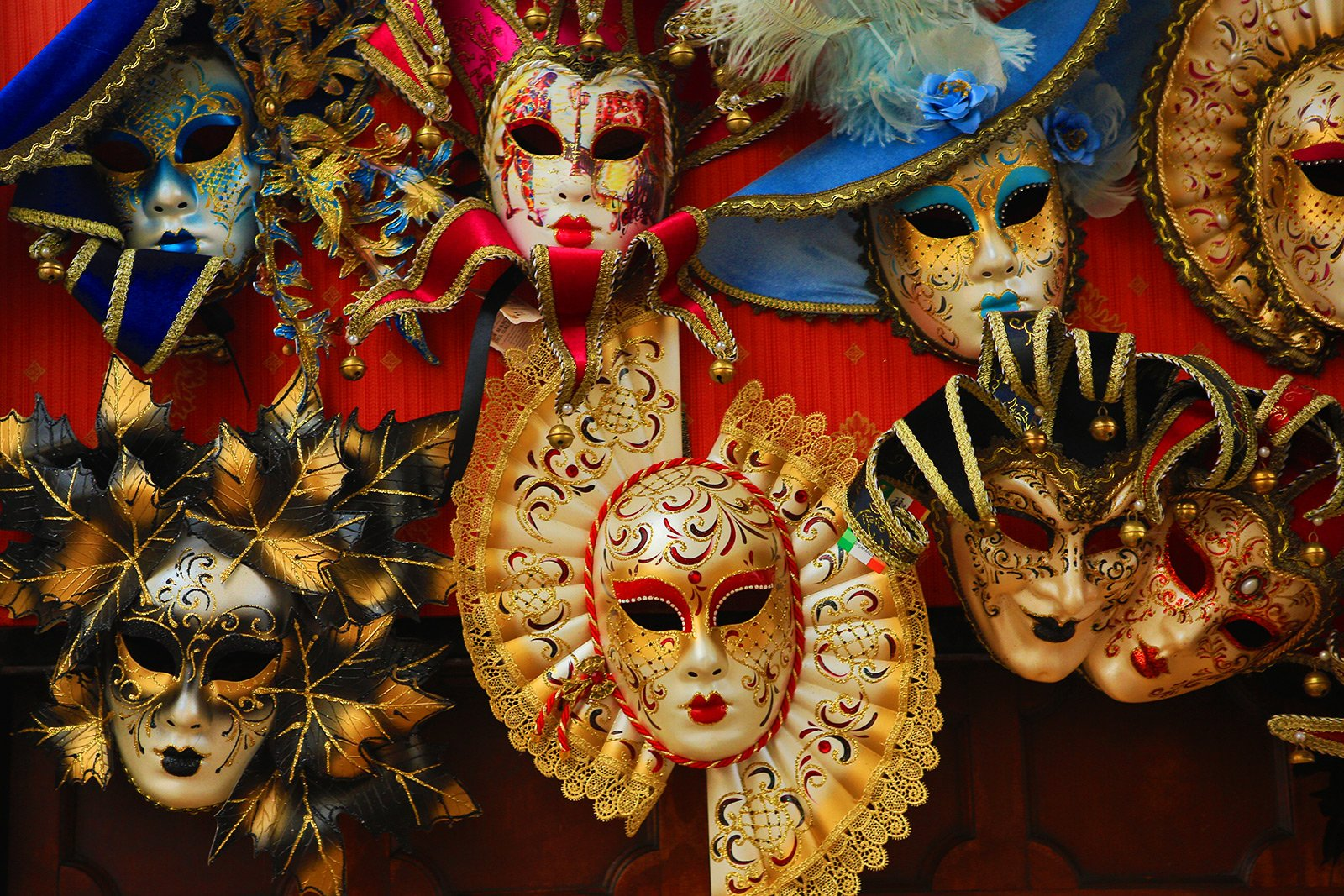 How to buy a Venetian mask in Venice