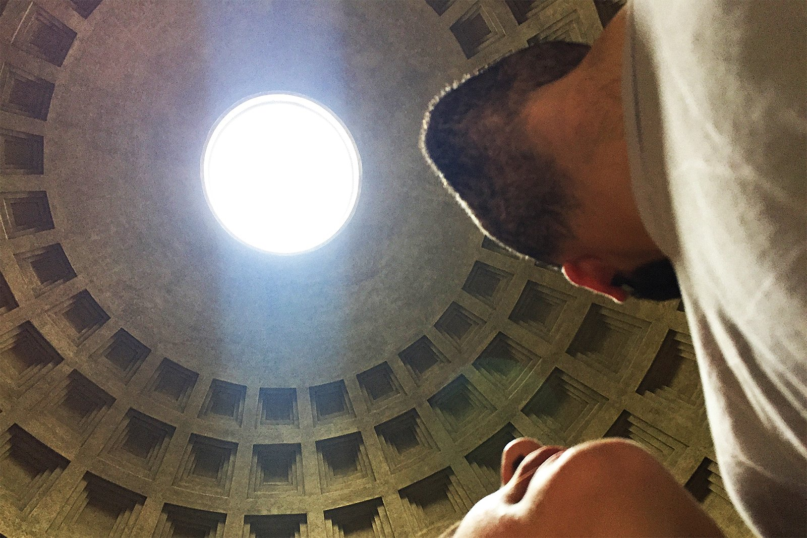 How to take an Oculus selfie in Rome