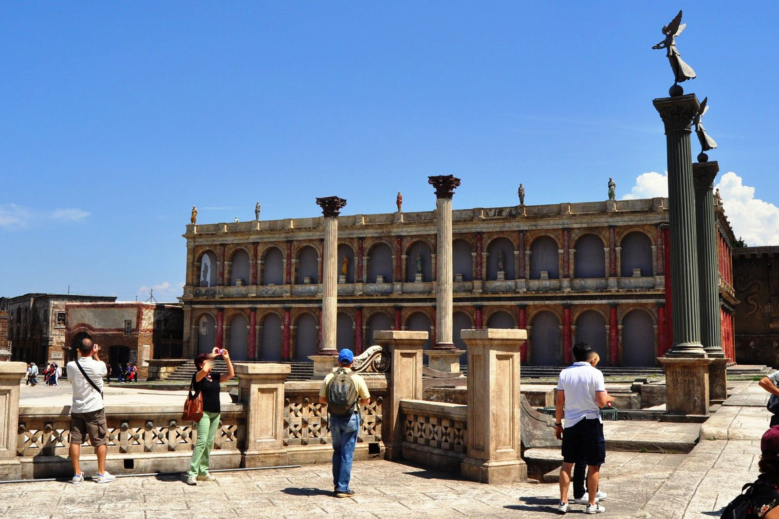 How to visit the Cinecitta Studios in Rome