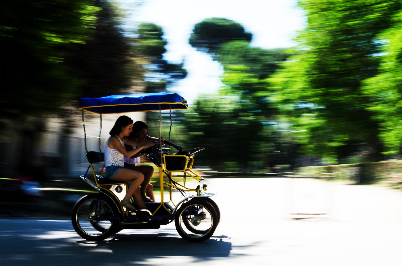How to explore Villa Borghese in the quadricycle in Rome