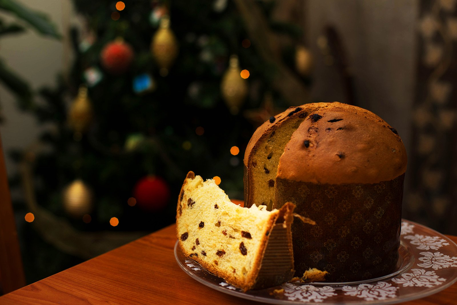 How to try panettone in Milan