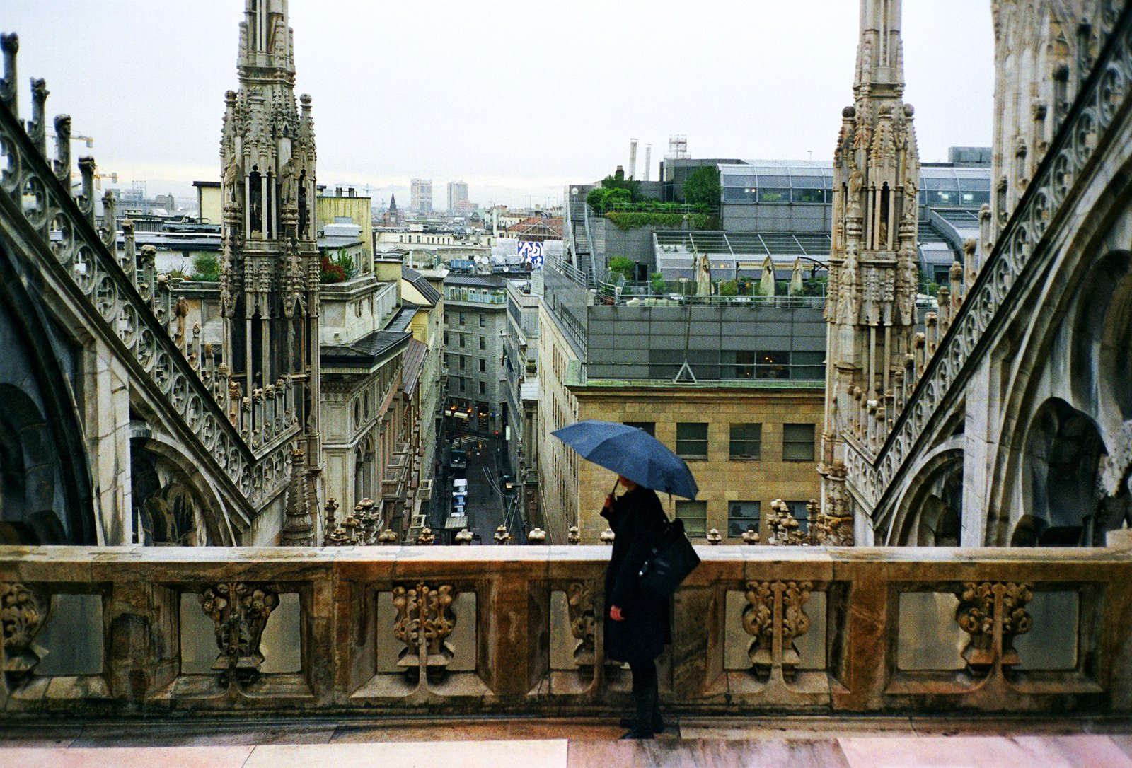 How to climb to the roof of Cathedral in Milan