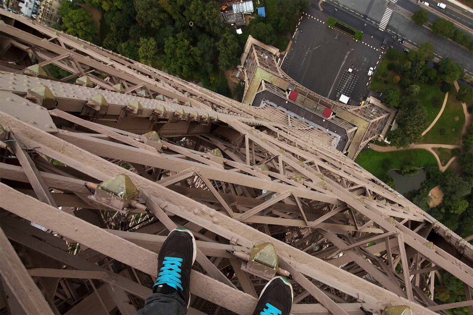 How to scramble up the top of the Eiffel Tower in Paris