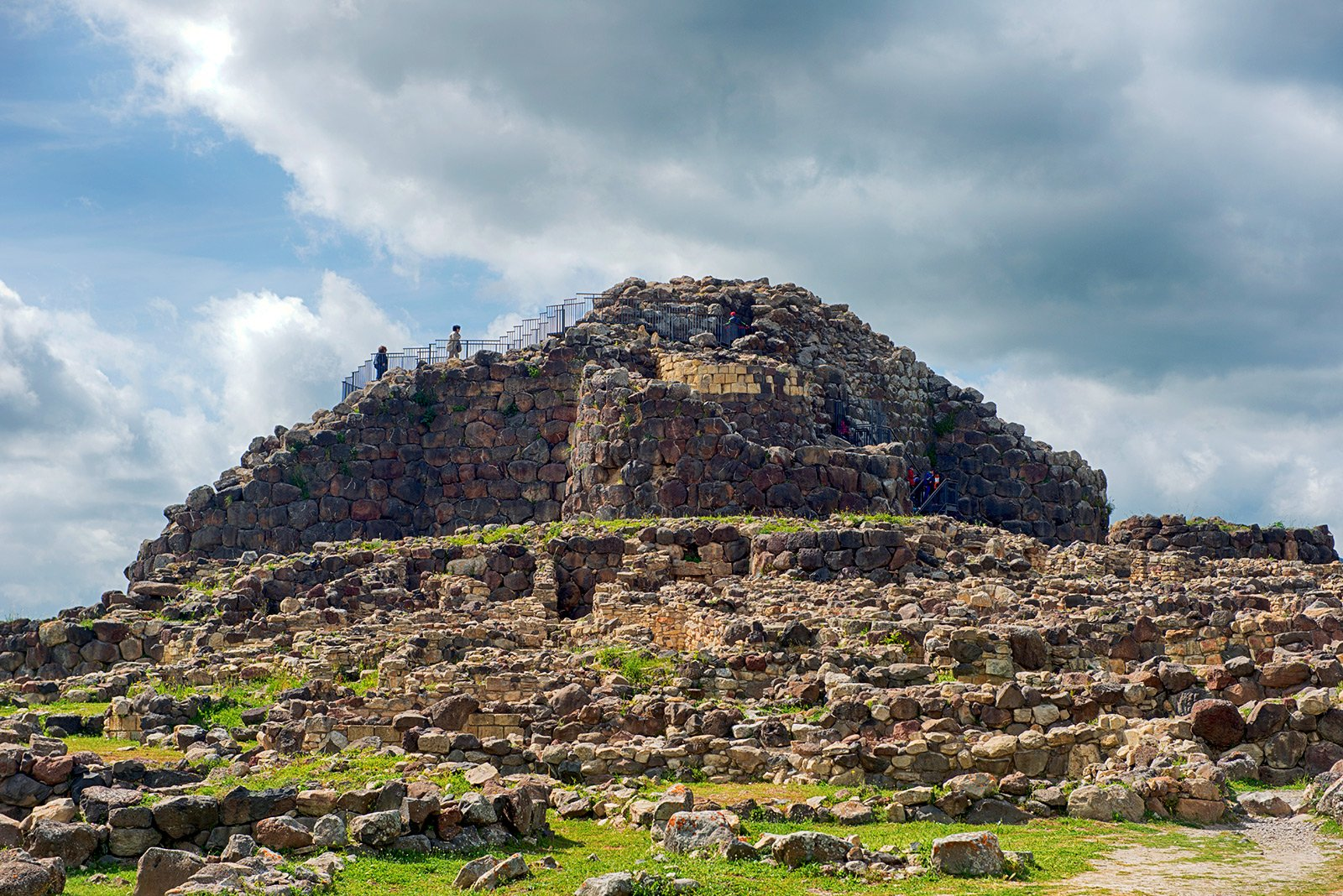 How to see Nuraghe - ancient structure of an unknown civilization on Sardinia