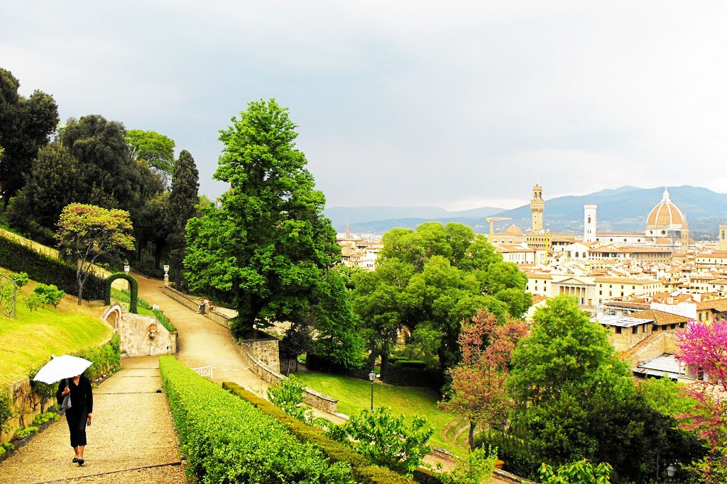 How to walk around the Bardini Garden in Florence