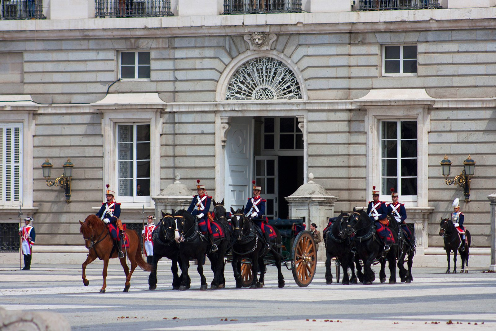How to see the Changing of the Guard in Madrid