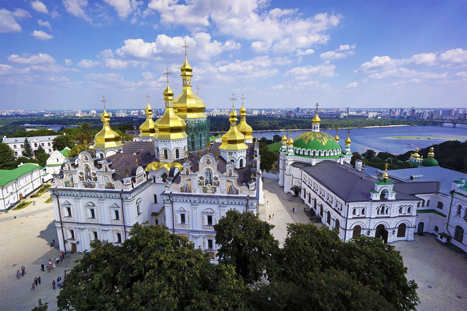 How to climb to the Great Lavra Bell Tower in Kiev