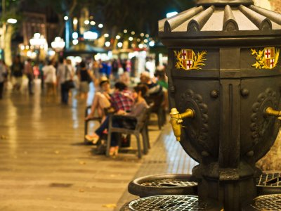 Drink water from a Canaletes fountain in Barcelona