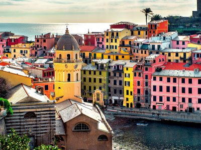 Take a walk on Vernazza in Genoa